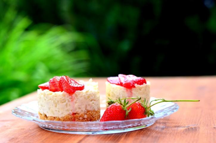 Milchreistörtchen mit Erdbeeren (Small)