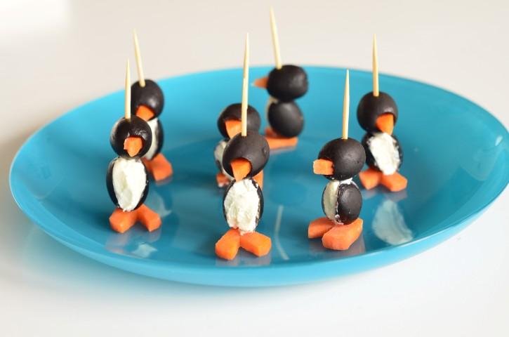Oliven-Frischkäse-Pinguine (Small)